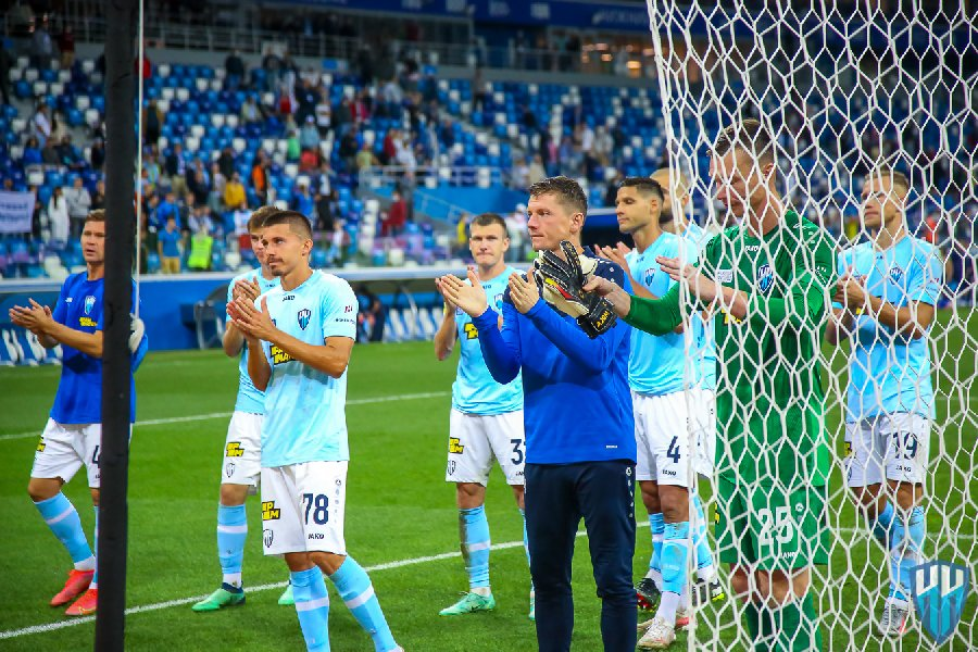 Президент страны дал поручение найти спонсора для «Нижнего Новгорода» - фото