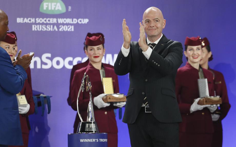 Президент ФИФА заявил, что Россия провела два лучших чемпионата мира в истории - фото