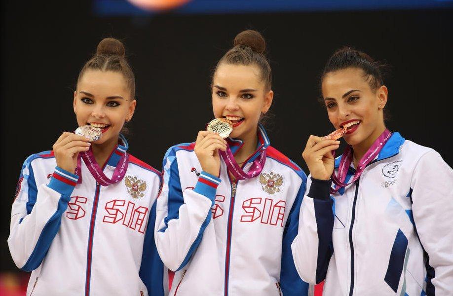 Сестры Аверины рассказали об отношених с олимпийской чемпионкой Ашрам - фото