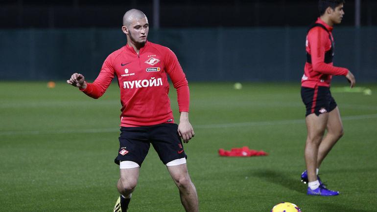 Гулиеву в «Спартаке» сказали искать новый клуб, полузащитник не хочет - фото