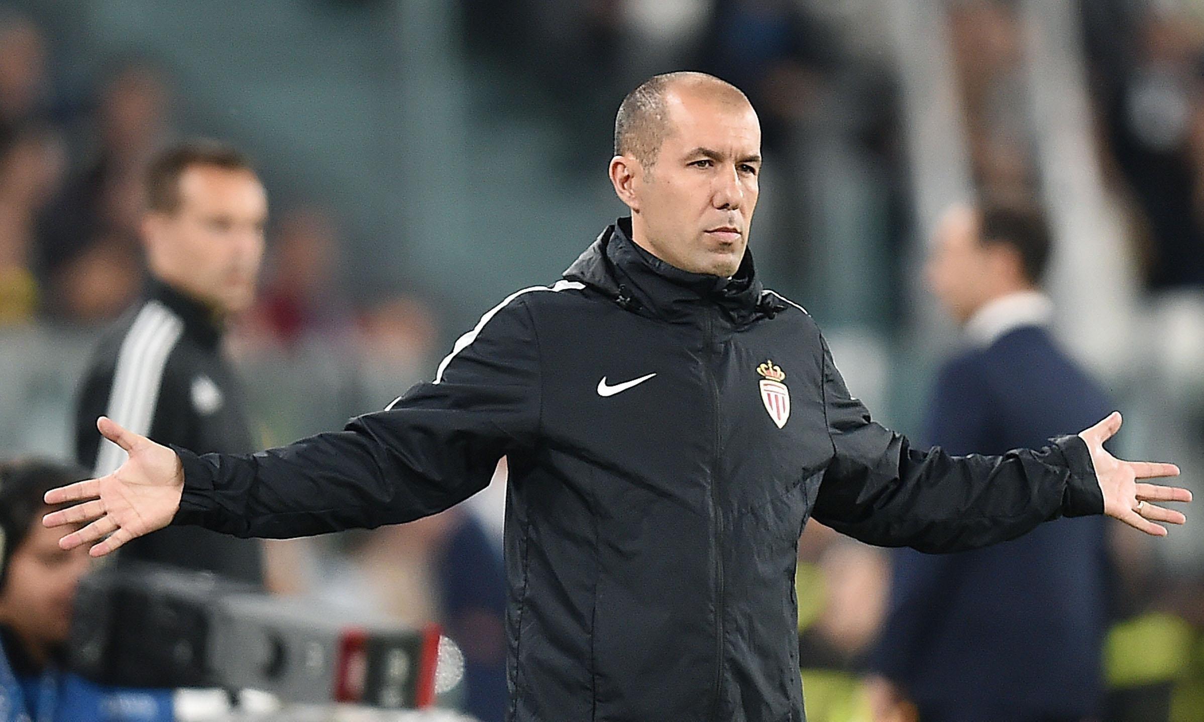 У тренера Головина конфликт со спортивным директором. Что сделает Рыболовлев? - фото