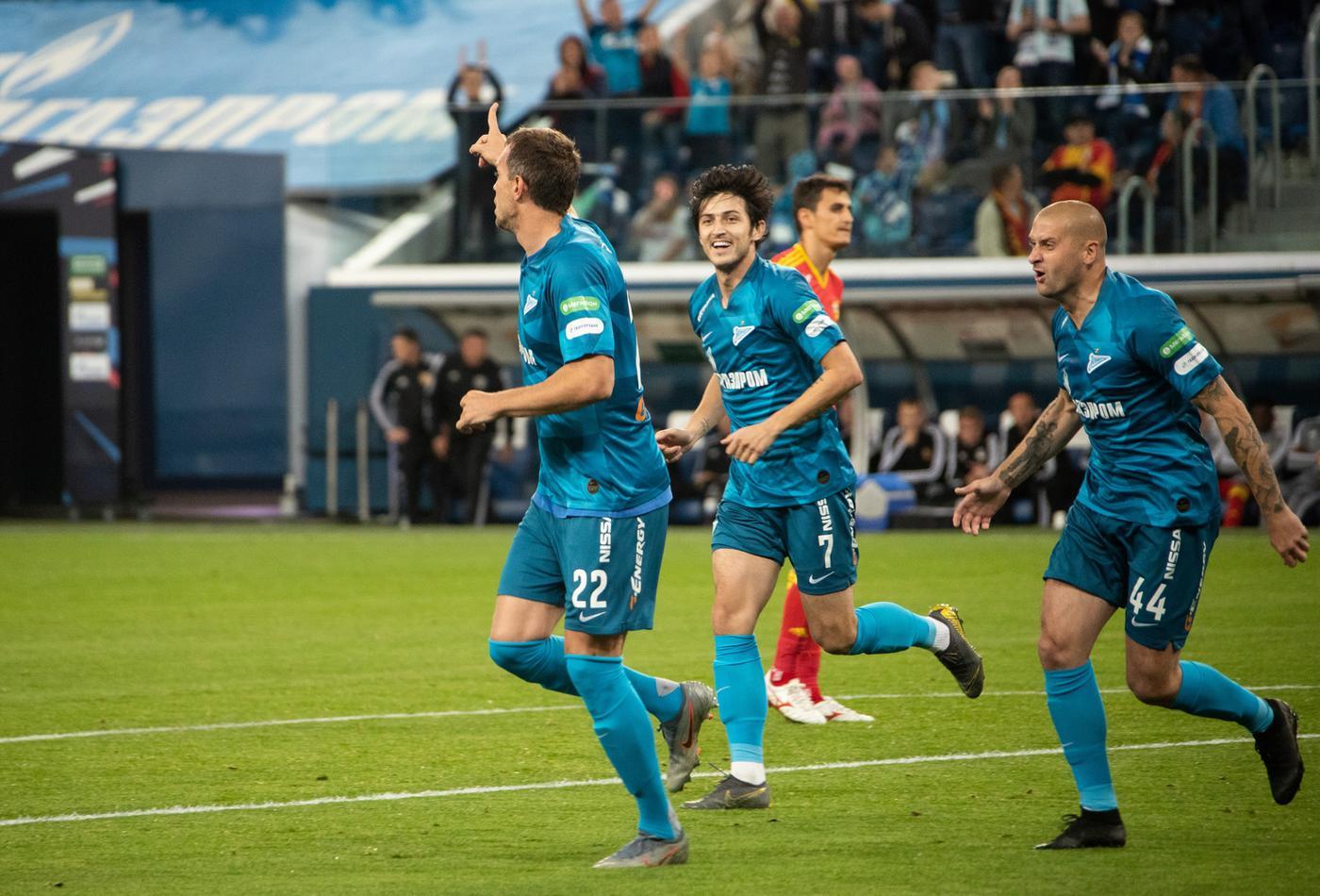 Дзюба забил «Лиону» три гола в двух матчах. Во Франции справится без Азмуна? - фото