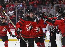 Молодежная сборная Канады приостановила подготовку к домашнему ЧМ - фото