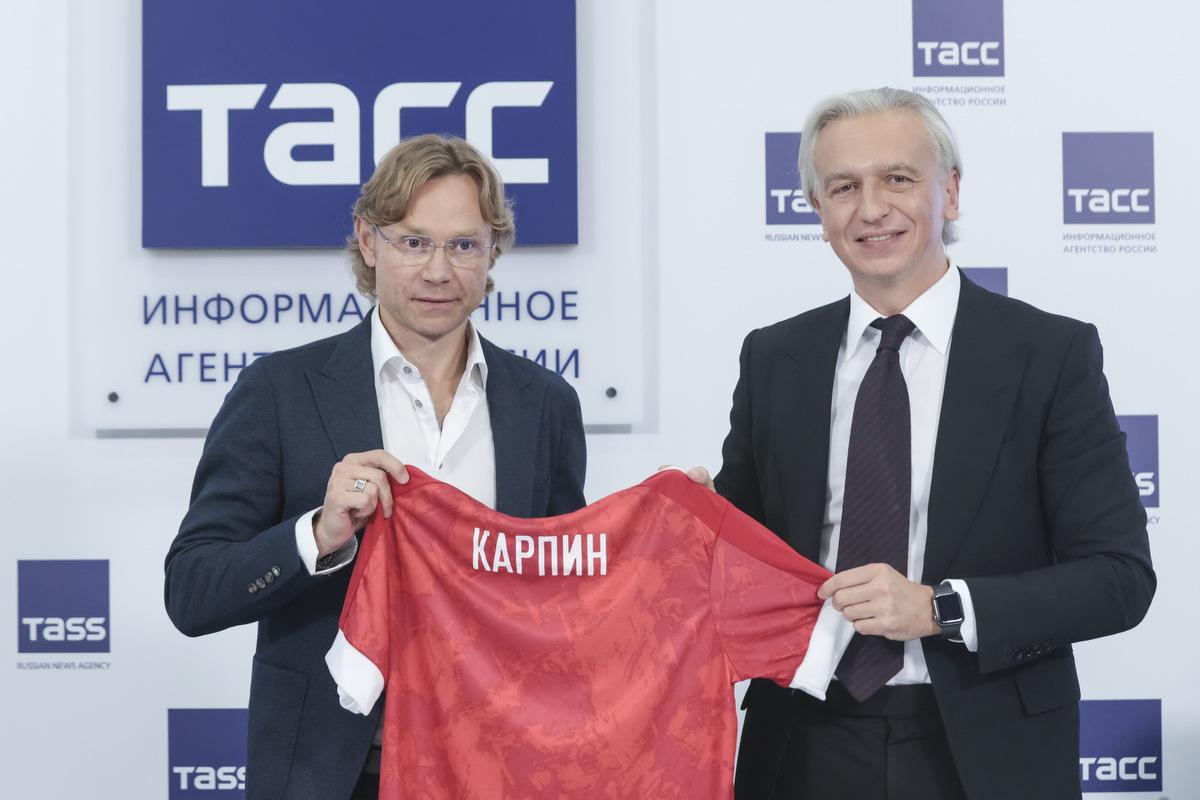 Ловчев считает, что при Карпине сборная России лишена развития - фото
