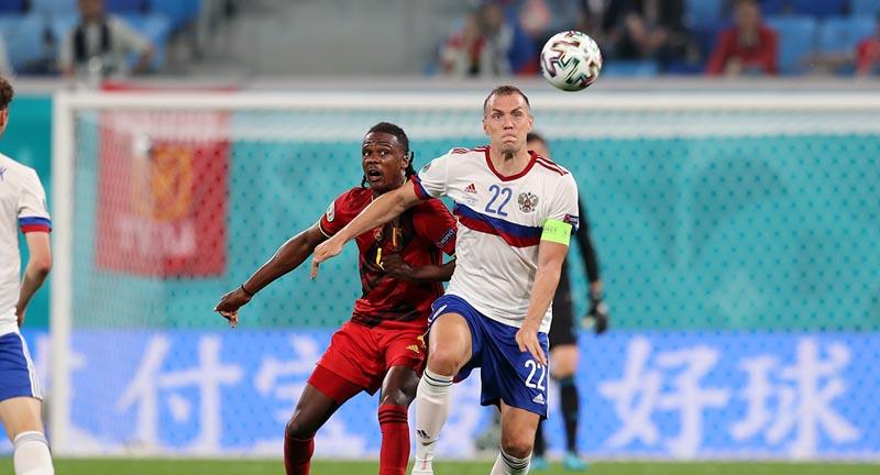 Петржела заявил, что не верит в возвращение Дзюбы в сборную России при Карпине - фото