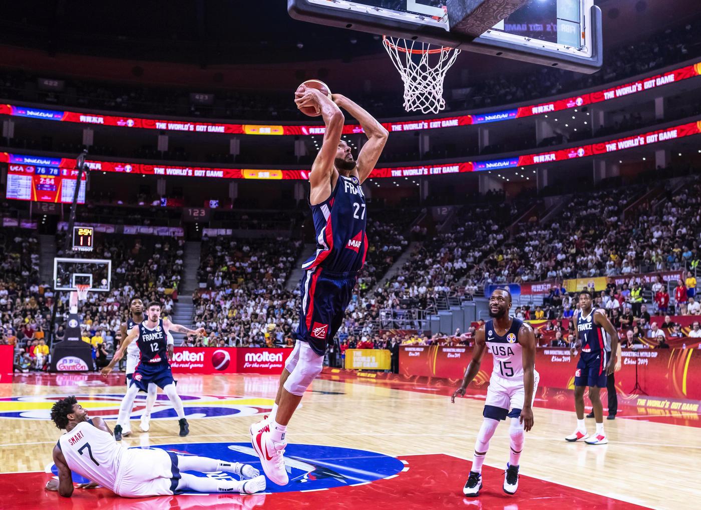 Баскетбол без США впервые за 13 лет. Каким он будет? - фото