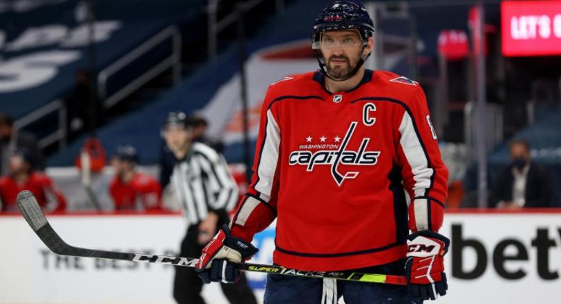 Овечкин может выйти на лед в первой игре «Вашингтона» в НХЛ - фото