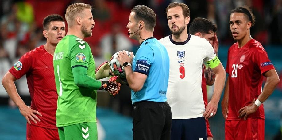 «Арбитр принял справедливое решение». Хусаинов – о пенальти в матче Англия – Дания - фото
