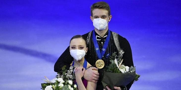 Бойкова/Козловский снялись с прокатов в Санкт-Петербурге из-за травмы - фото
