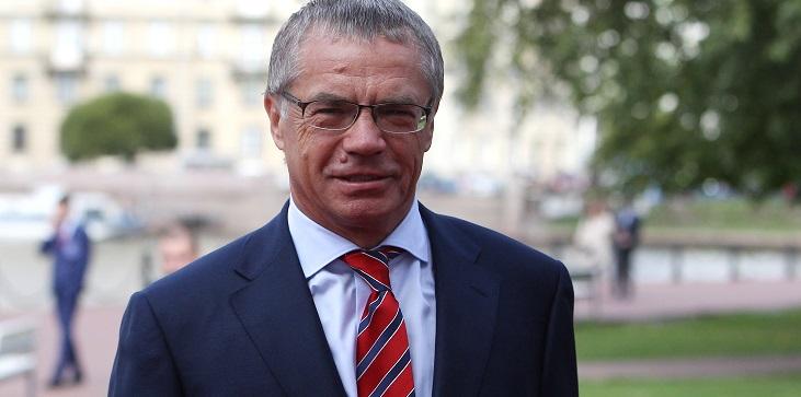 Экс президент КХЛ Александр Медведев: Когда говорить не о чем, обычно начинают рассуждать о судействе - фото