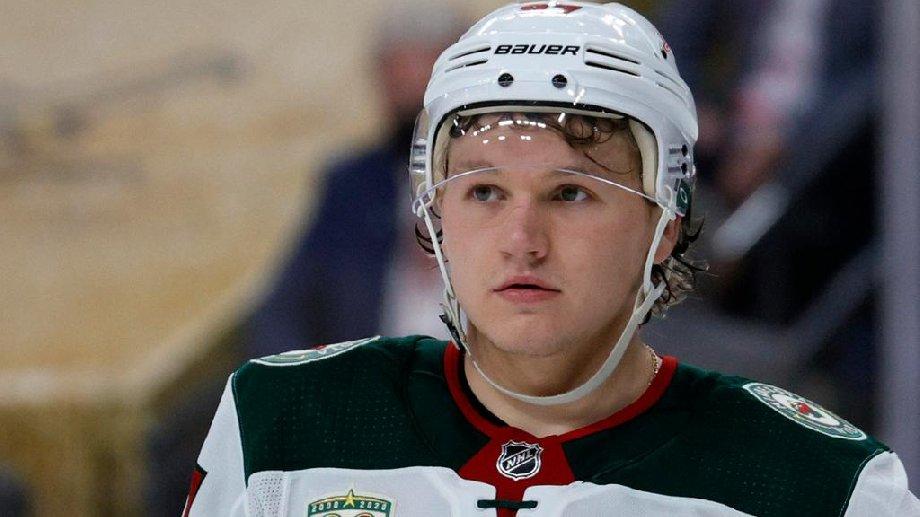 Капризов рассказал, мог ли он вернуться в КХЛ в этом сезоне - фото