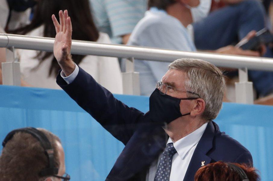 Президент МОК Бах заявил, что российские спортсмены имеют право участвовать в Олимпиаде - фото