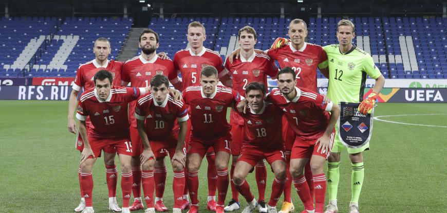 Что они делают в сборной России? Пять игроков – неожиданный выбор Черчесова - фото