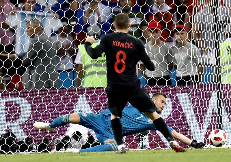 Игорь Акинфеев заявил, что российский футбол стоит на месте - фото