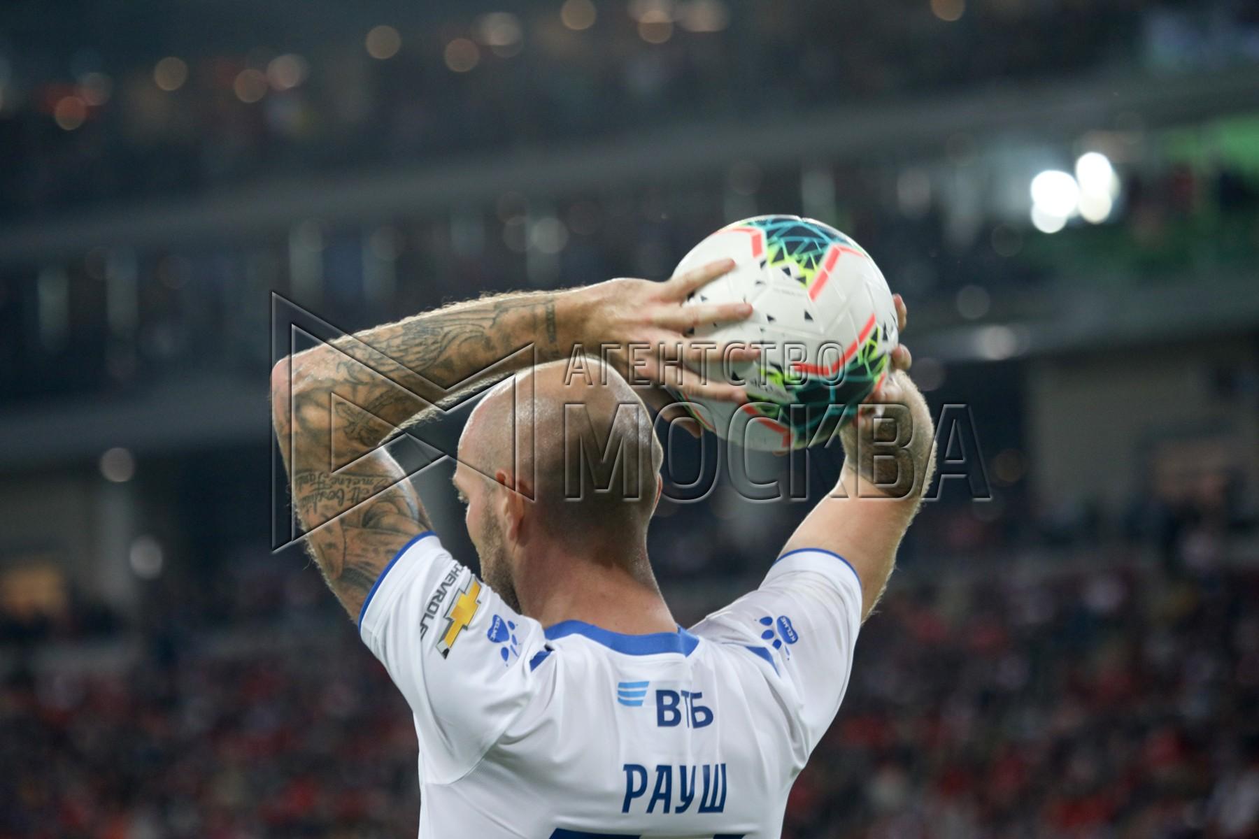 Игрок «Динамо», из-за которого клуб может подвергнуться трансферному «бану», пригрозил «Зениту» хорошей формой - фото