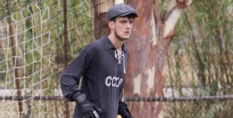 Австралийский вратарь играет в форме СССР и называет Яшина своим кумиром - фото