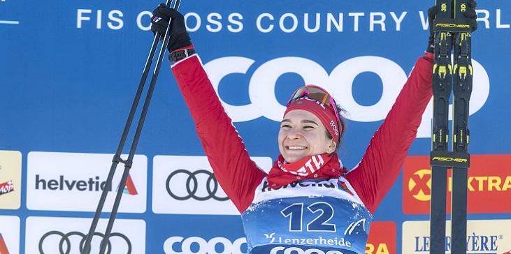 Непряева стала шестой в масс-старте на «Тур де Ски» - фото