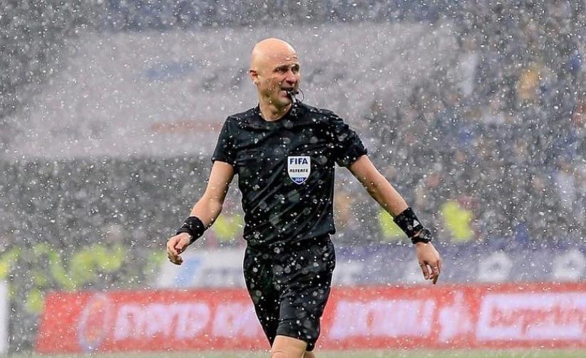 Российский футбольный судья выступит вместе с рок-группой - фото