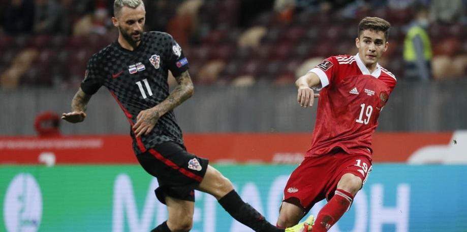 Григорян считает, что Захарян мог лучше дебютировать за сборную - фото