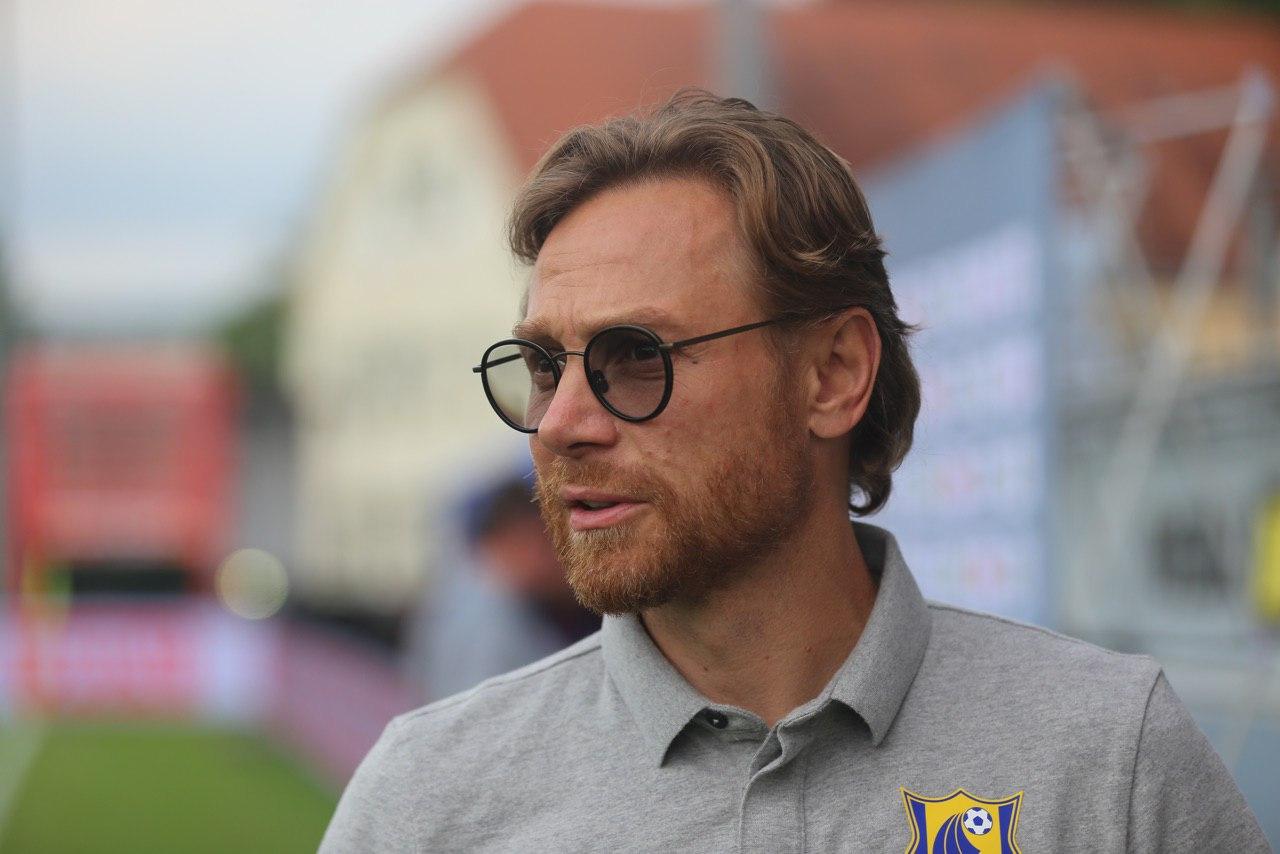 В тренерский штаб Карпина в сборной России войдет Николай Писарев - фото