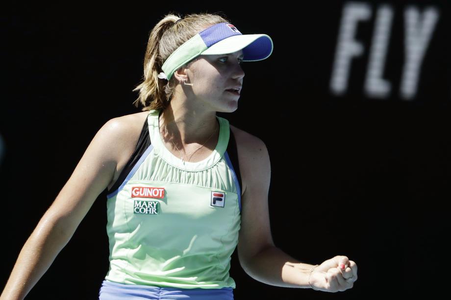Кенин обыграла Барти и стала первой финалисткой Australian Open - фото