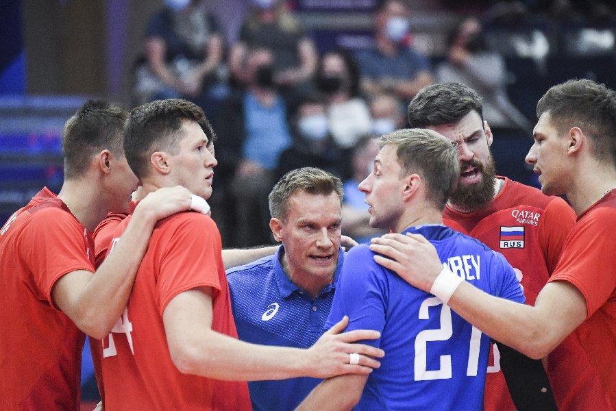 В Гданське стартовал матч четвертьфинала чемпионата Европы между Россией и Польшей - фото