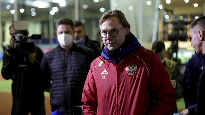 Карпин рассказал, будет ли вызывать в сборную России не вакцинированных игроков - фото