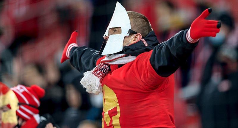 В РПЛ прокомментировали информацию об избиении фаната «Спартака» сотрудниками спецполка Кадырова - фото