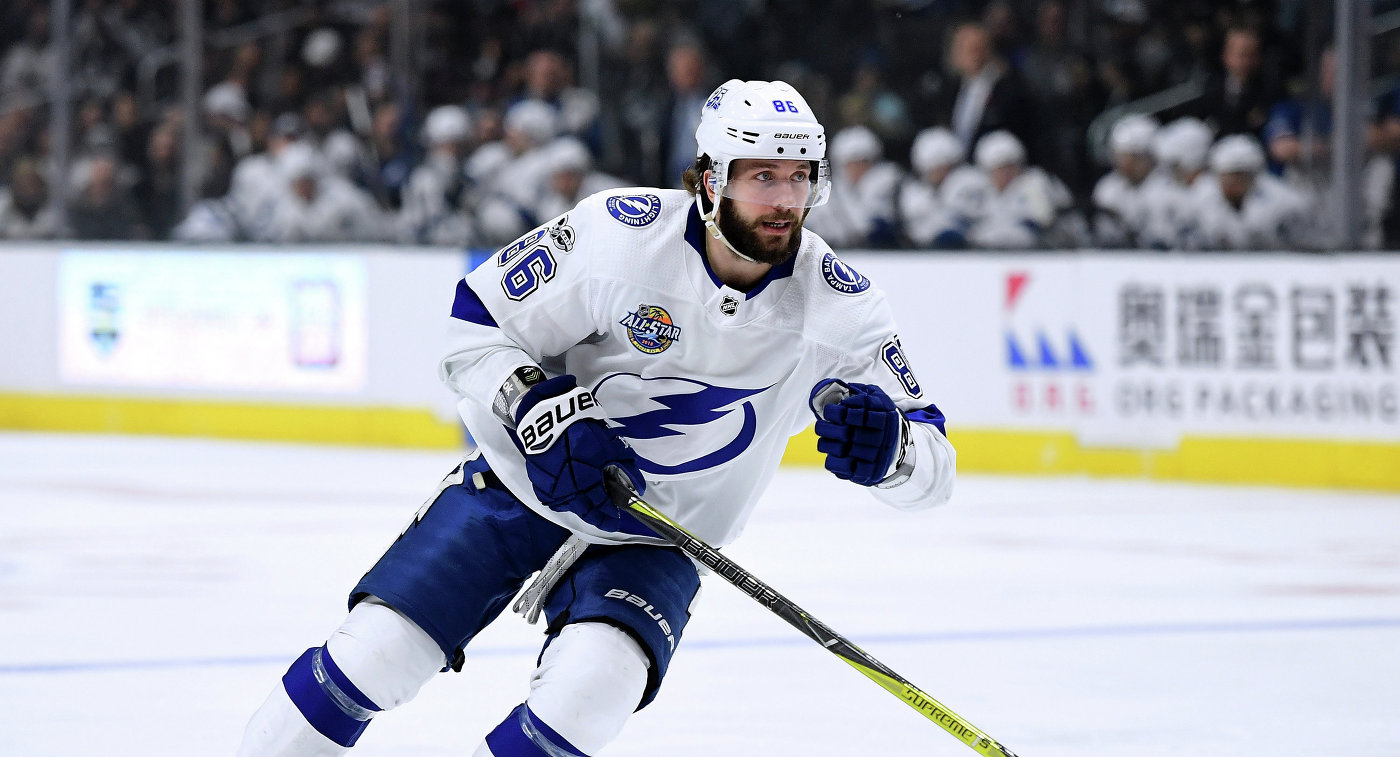 Никита Кучеров признан второй звездой дня НХЛ - фото