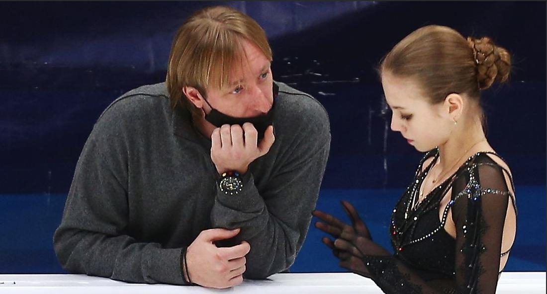 Александра Трусова рассказала, в каком случае у нее возрастает риск ошибки во время выступления - фото