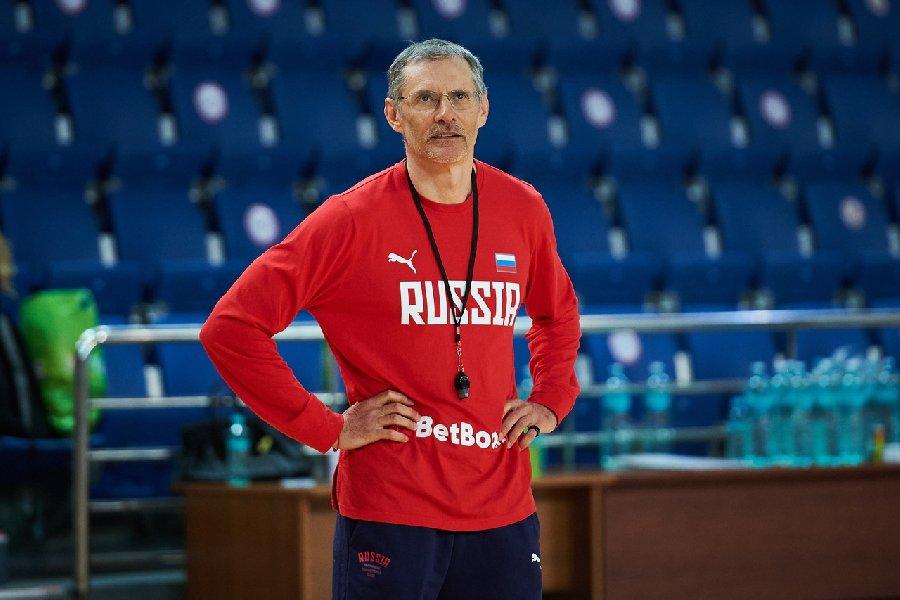На пост главного тренера сборной России два кандидата. Разбираем их вместе с главным инсайдером росбаскета - фото