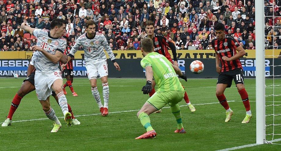 Конкурент Лунева пропустил пять мячей от «Баварии», российский вратарь остался на скамейке запасных - фото
