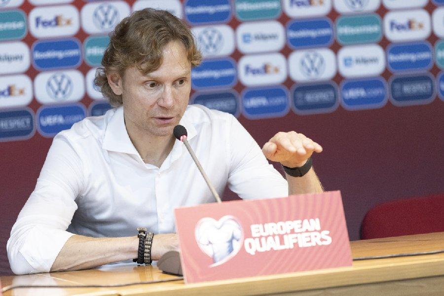 Ловчев: Сборную Карпина ждет такое же разочарование, как на Евро-2020 - фото