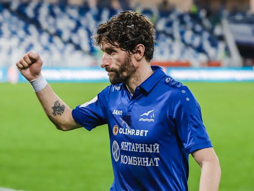 «Можешь дома сидеть, если не нравится наша игра»: капитан «Балтики» ответил фанатам - фото