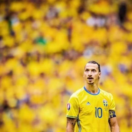 Ибрагимович прокомментировал первую после возвращения игру за сборную Швеции - фото