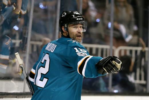 Марло вышел на второе место по количеству сыгранных матчей в НХЛ - фото