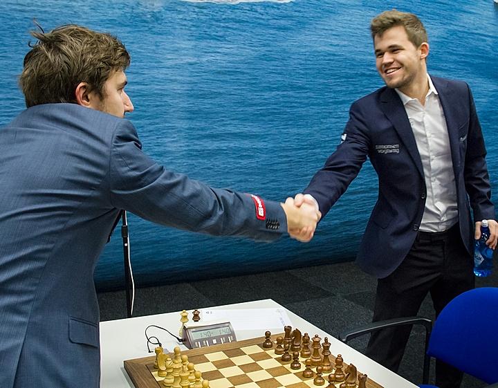Карякин и Карлсен лидируют на чемпионате мира по блицу - фото