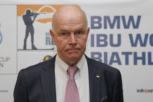 Президента IBU обвиняют в сокрытии 65 допинг-случаев с участием российских биатлонистов - фото