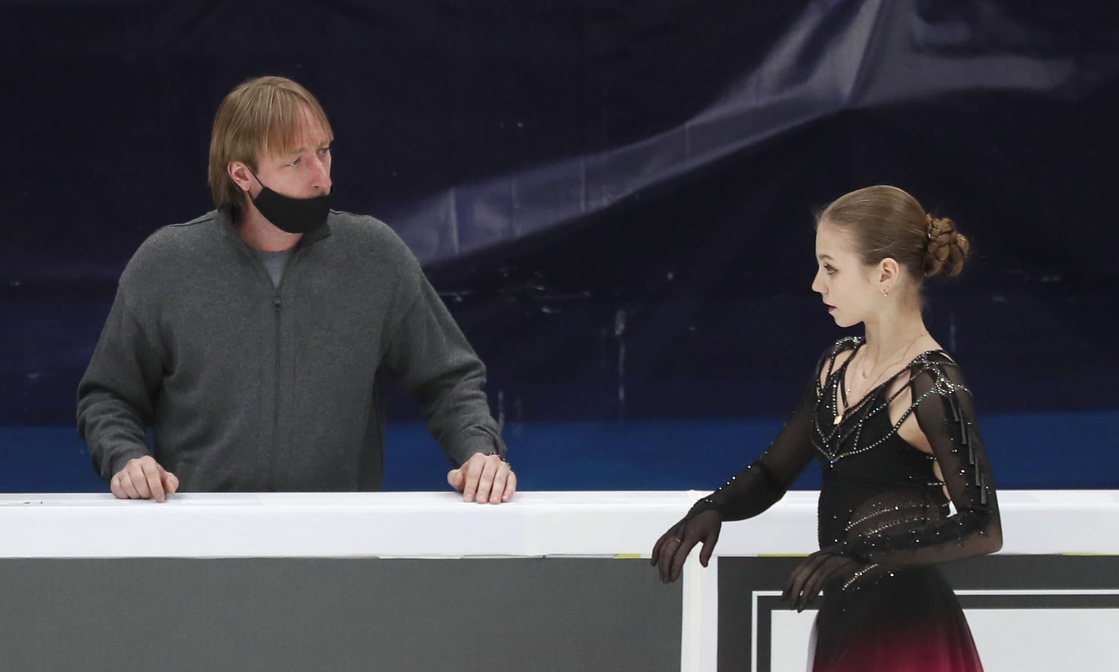 Авербух высказался о выступлении Трусовой на чемпионате мира в Стокгольме - фото