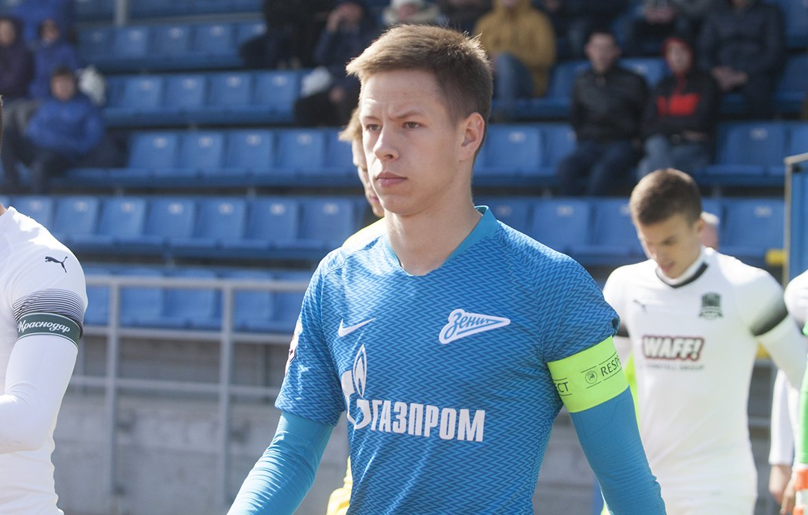 Бывший тренер «Зенита»: Чистяков не медленнее Ракицкого и Ловрена, а Прохин наберется опыта в Сочи - фото