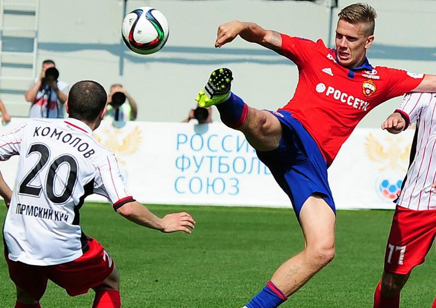 Чемпионат России по футболу продолжается - фото