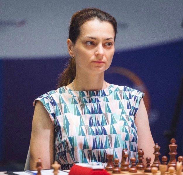 Первая женщина в истории: Александра Костенюк стала обладательницей Кубка мира по шахматам - фото