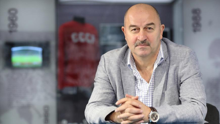 Уткин сообщил, что Дюков намерен сохранить Черчесова на должности «гостренера» - фото