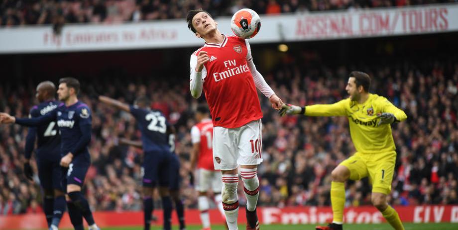 «Арсенал» за день совершил два трансфера. Озил покинул клуб - фото