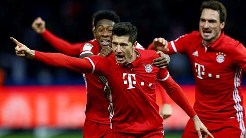 «Бавария» заработала рекордные доходы за прошлый сезон - фото