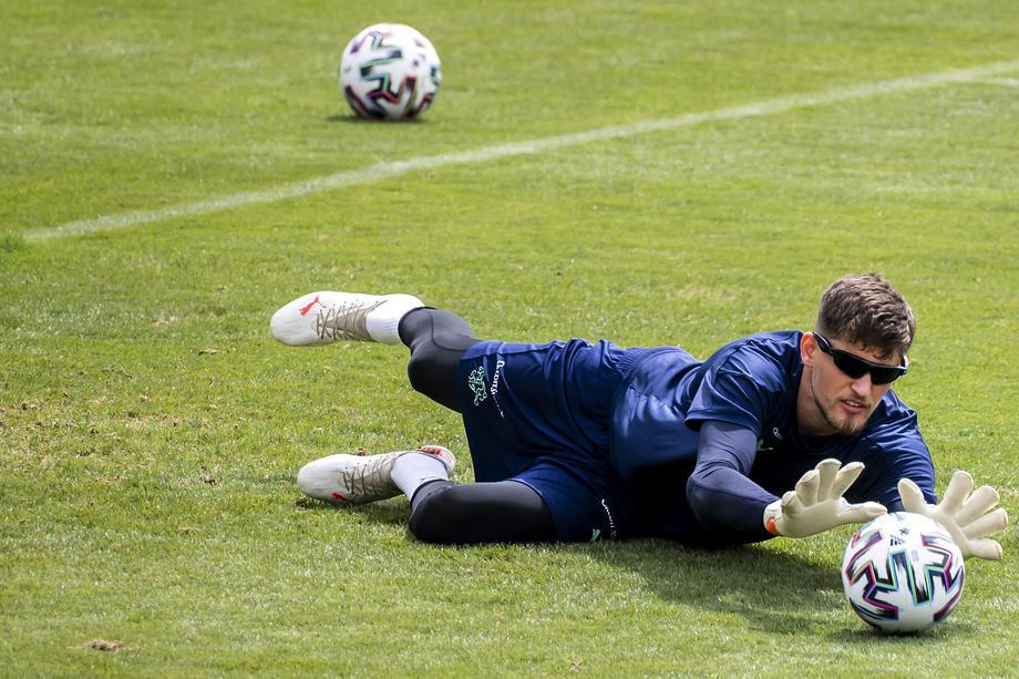 УЕФА полностью отменил правило выездного гола в еврокубках - фото