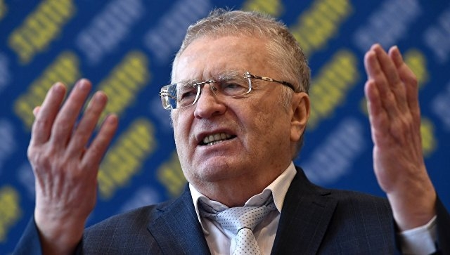 Жириновский пообещал вернуть еще больше зрителей на стадионы - фото
