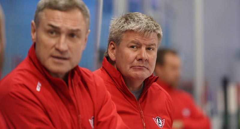 Главный тренер «Автомобилиста» рассказал о задаче выиграть Кубок Гагарина в новом сезоне КХЛ - фото