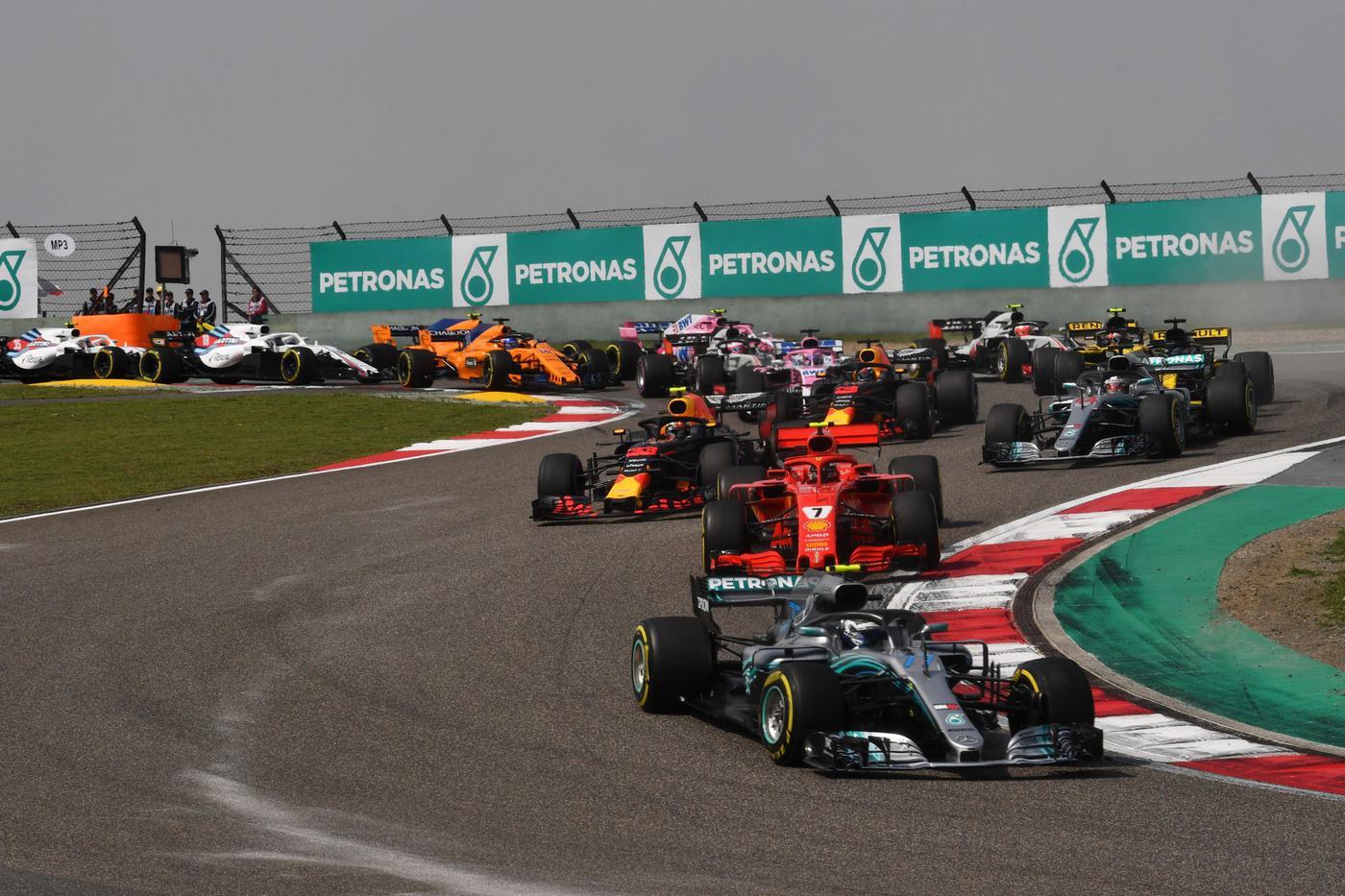 Имола может заменить Гран-при Китая в календаре Формулы-1 - фото