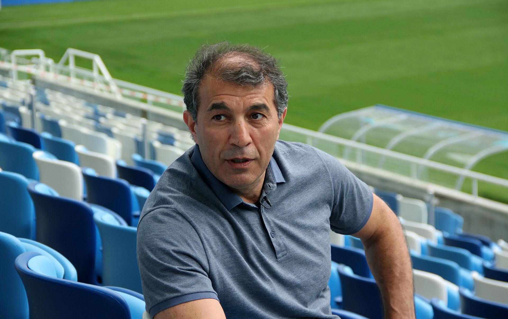 Рашид Рахимов ответил на критику со стороны игроков «Уфы» - фото